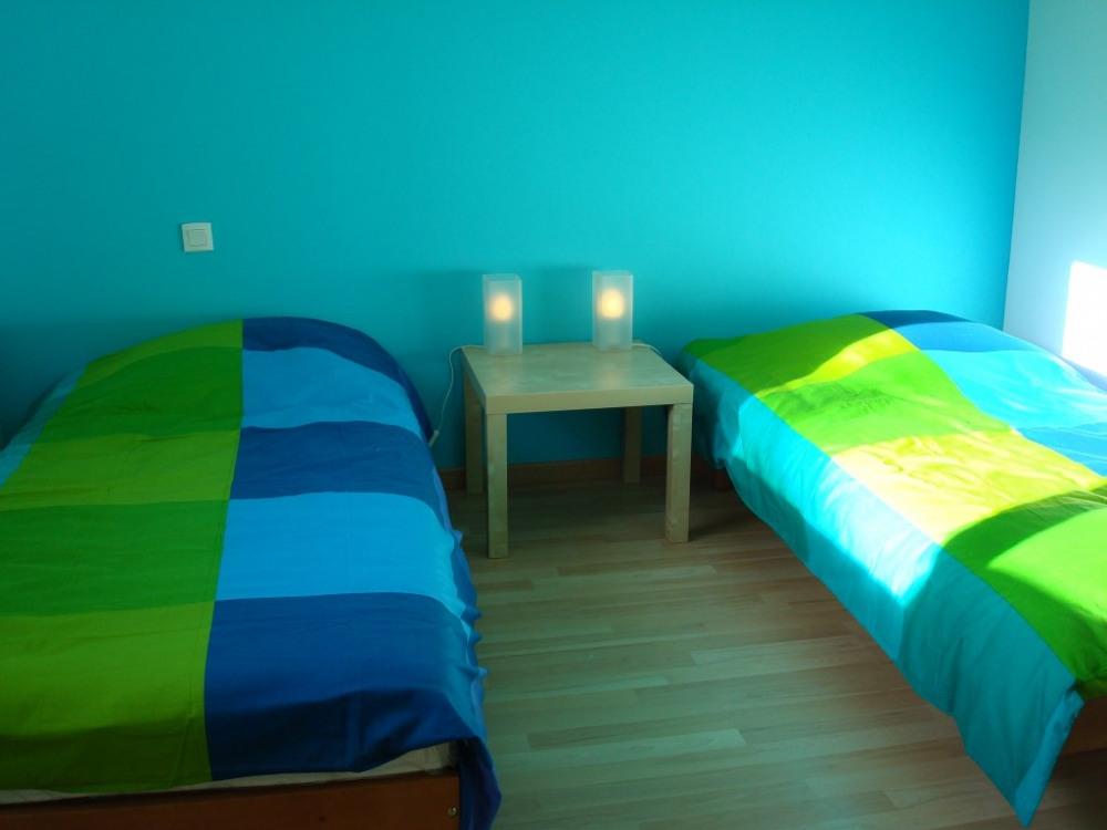 Chambre bleue 2 lits 90cm
