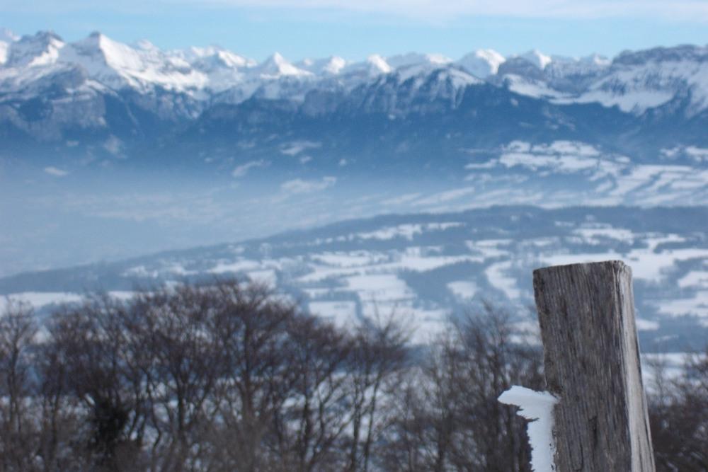 Chaîne du Mont Blanc vue du sommet du mont Salève