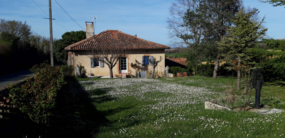 Holiday rentals Martisserre - House - 6 persons - BBQ - Photo N° 1