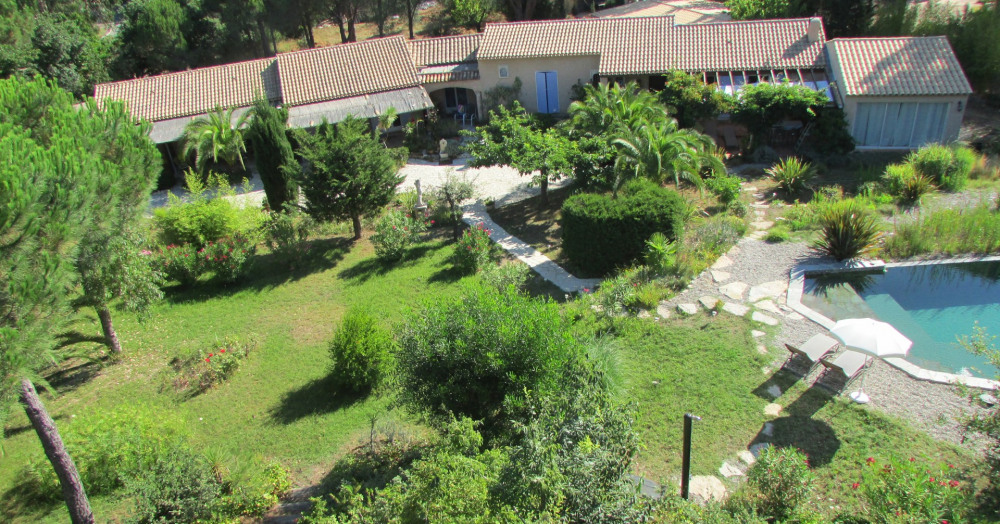 Location vacances Grimaud -  Appartement - 2 personnes - Barbecue - Photo N° 1