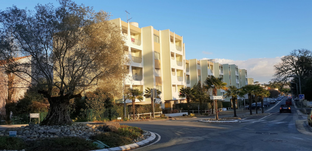 Holiday rentals Saint-Palais-sur-Mer - Apartment - 4 persons - Garden furniture - Photo N° 1