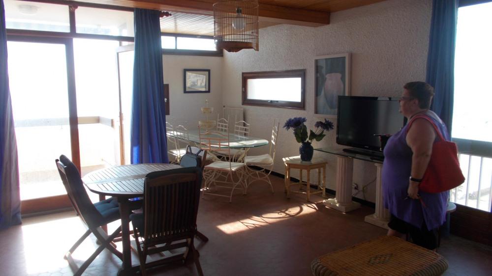 Location vacances Canet-en-Roussillon -  Appartement - 6 personnes - Chaise longue - Photo N° 1