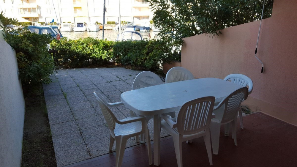 Location vacances Agde -  Appartement - 6 personnes - Jardin - Photo N° 1