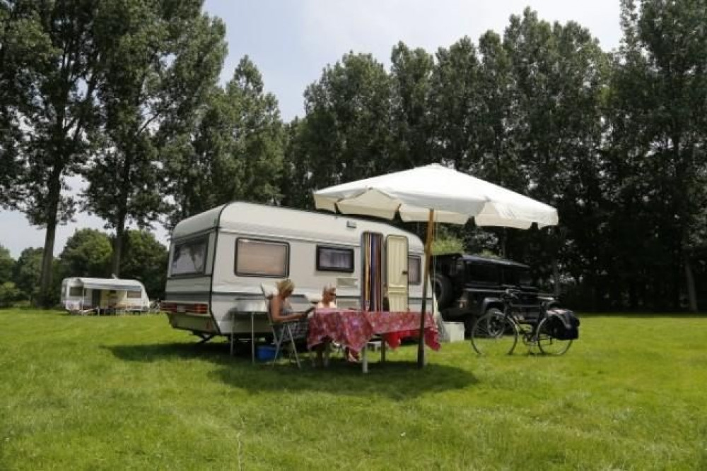 Camping Houtum, 170 emplacements, 5 locatifs