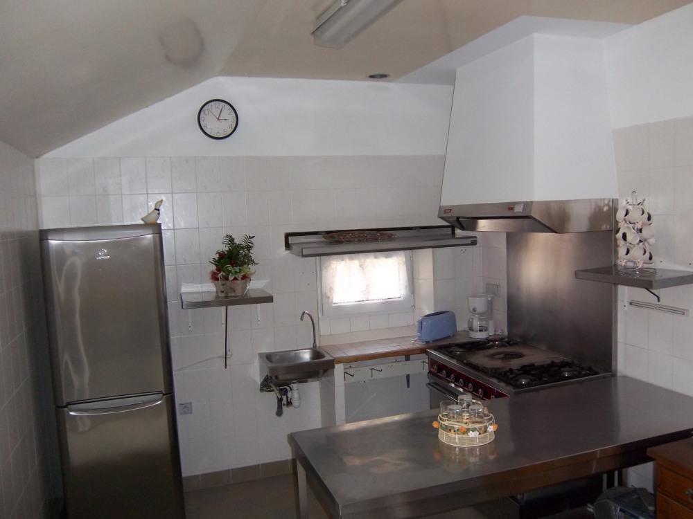 La cuisine qui était celle de l'auberge.