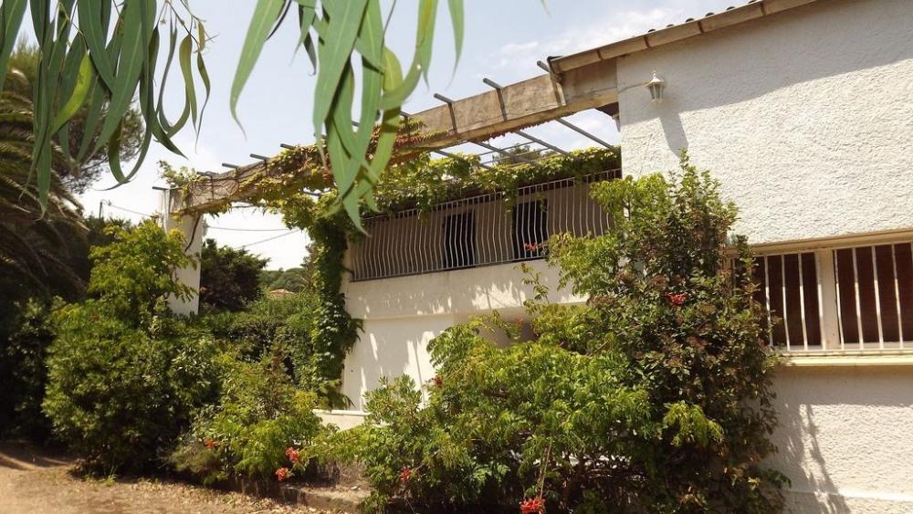 Villa proche bord de mer, plage à 150m (2 minutes à pied) sur la cote d'azur