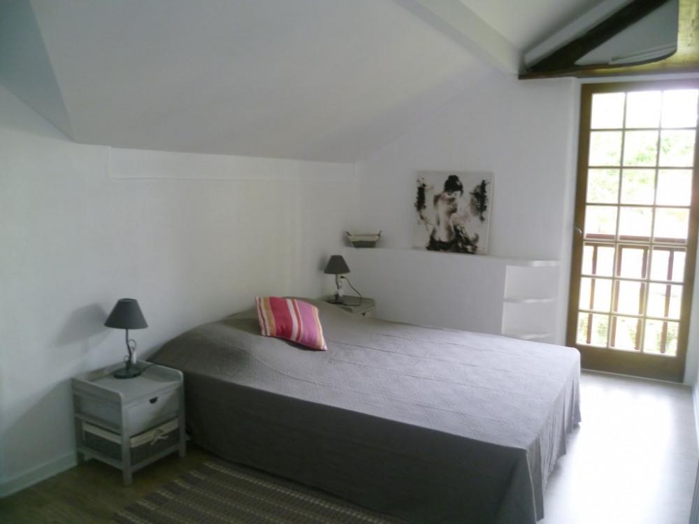 chambre avec lit 140x190