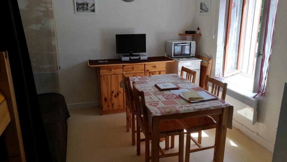 Location vacances Laveissière -  Appartement - 4 personnes - Télévision - Photo N° 1