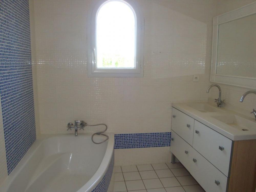 Salle de bain Outremer Baignoire + douche à l'italienne et meuble 2 vasques