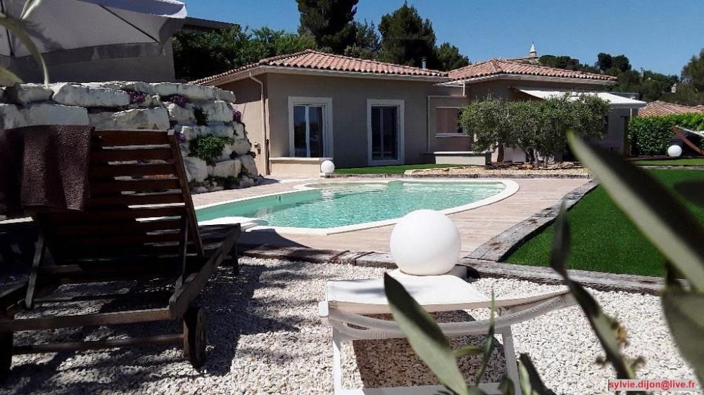 piscine coté oliviers