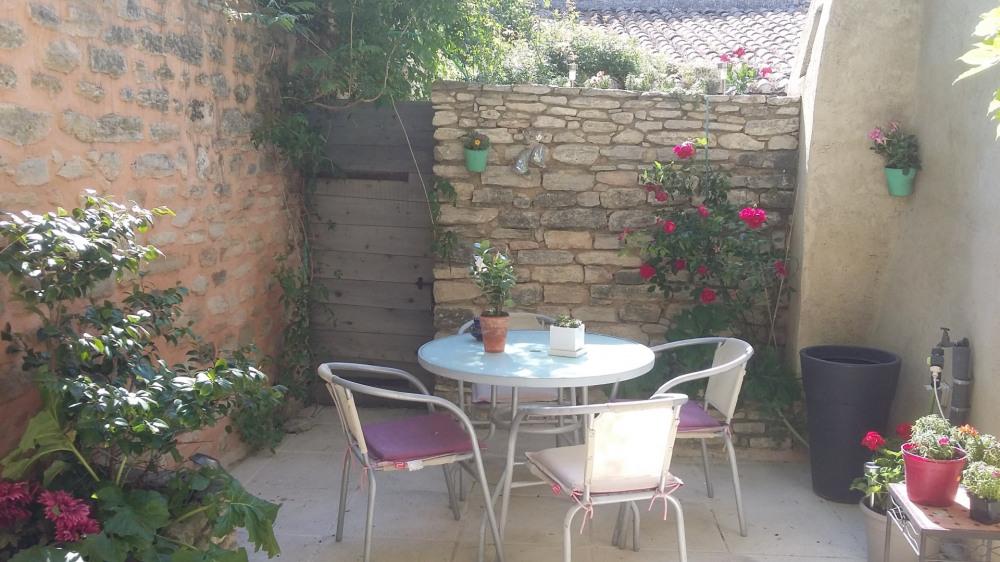 charmante maison de village en Luberon