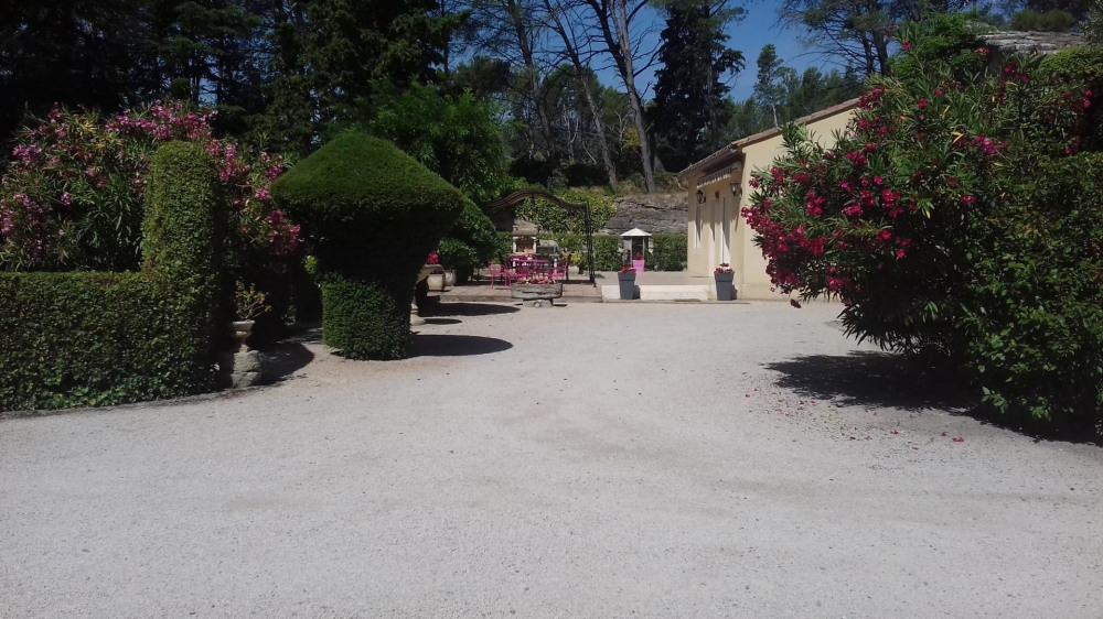 Location vacances Barbentane -  Gite - 6 personnes - Barbecue - Photo N° 1