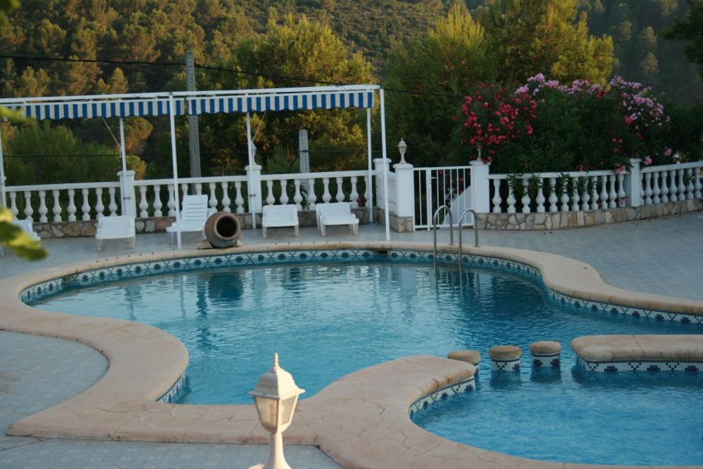 piscine+ bassin enfants