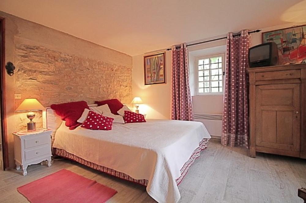Chambre Magenta  - lit 160 x200
