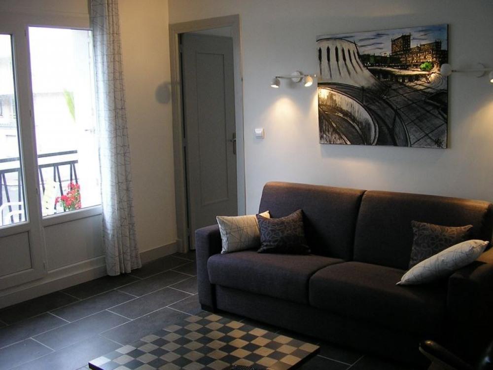 Gîte de ville au Havre, appartement situé au premier étage, en front de mer, vous bénéficiez d'un...