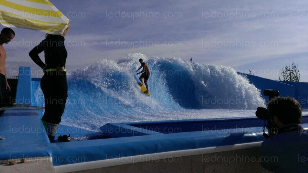 le vague du WAVE CLUB