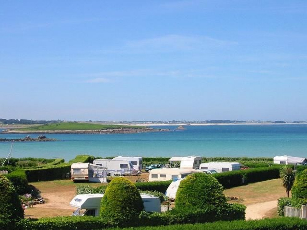 CAMPING DES ABERS, 158 emplacements, 22 locatifs