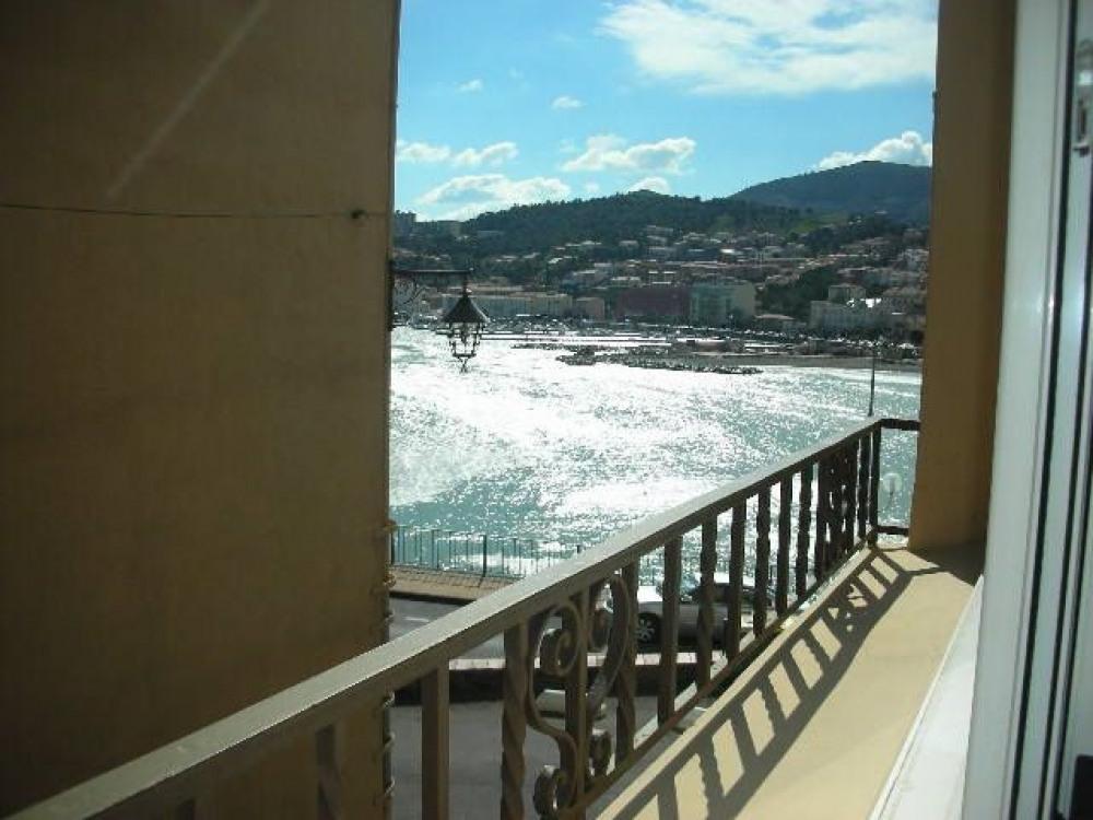 Banyuls sur mer (66) - Centre Plage - Maison Guynemer. Appartement 4 pièces - 70 m² environ - jus...