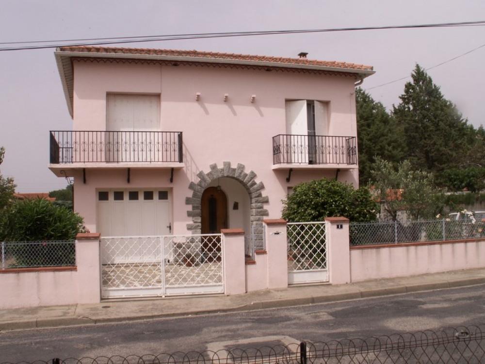 Très sympathique Villa dans village calme et Plaisant
