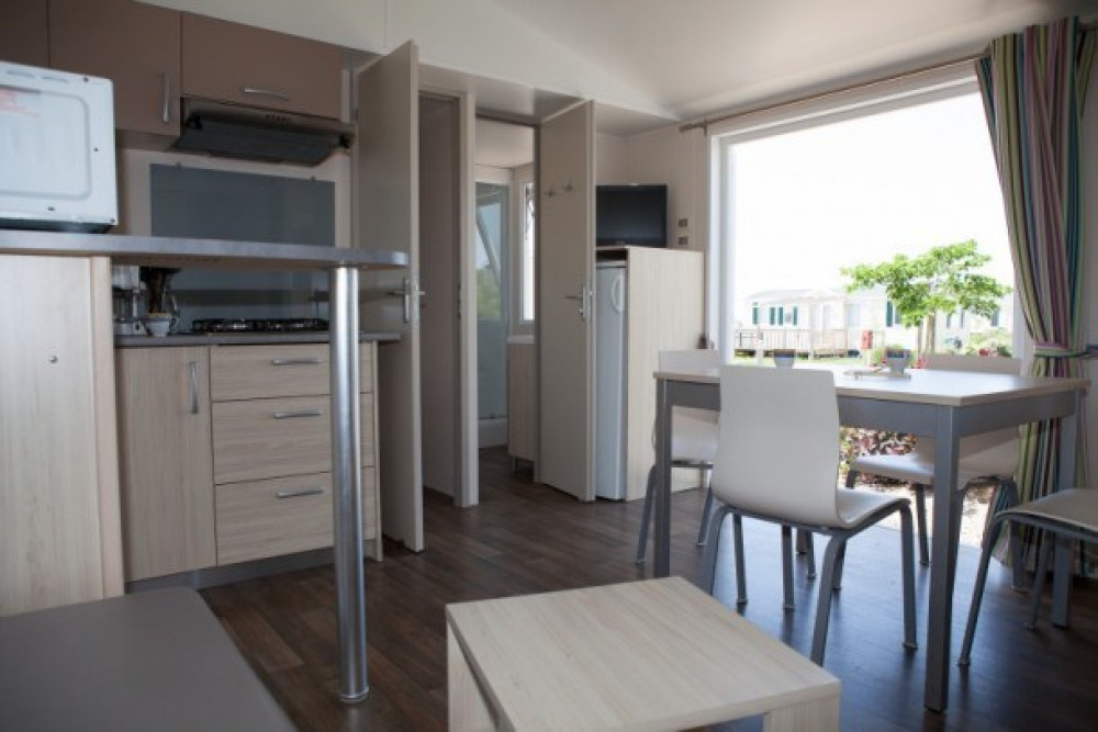 Camping Les Almadies 4* - Mh 2 ch 6 pers
