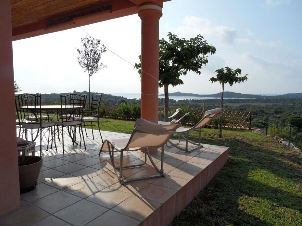 Villa Vue mer Climatisée à Pinarellu, 3 ch, 2 sdb