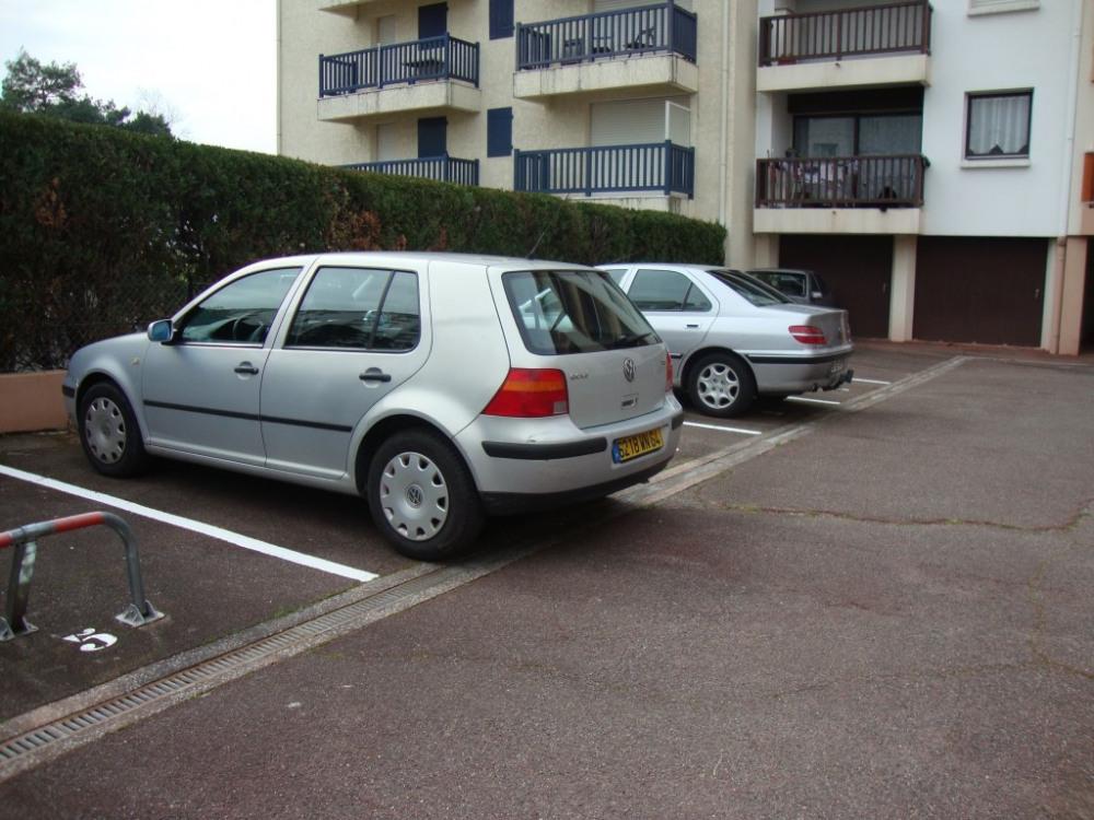Place parking privé