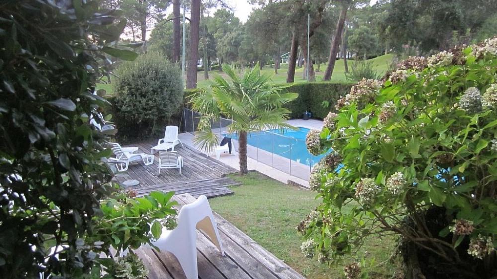 villa spacieuse sur golf de Seignosse + piscine;proche océan et lac Hossegor