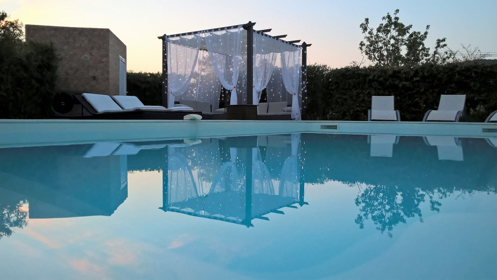 VILLA ERICA plein pied piscine privée et chauffée à 3 Km de St. Florent