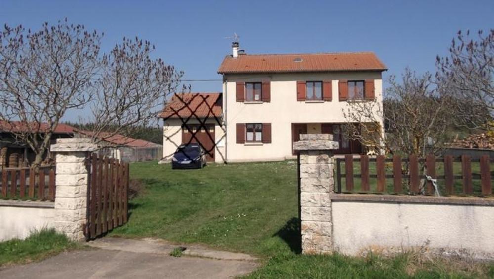Detached House à BELLEVUE LA MONTAGNE