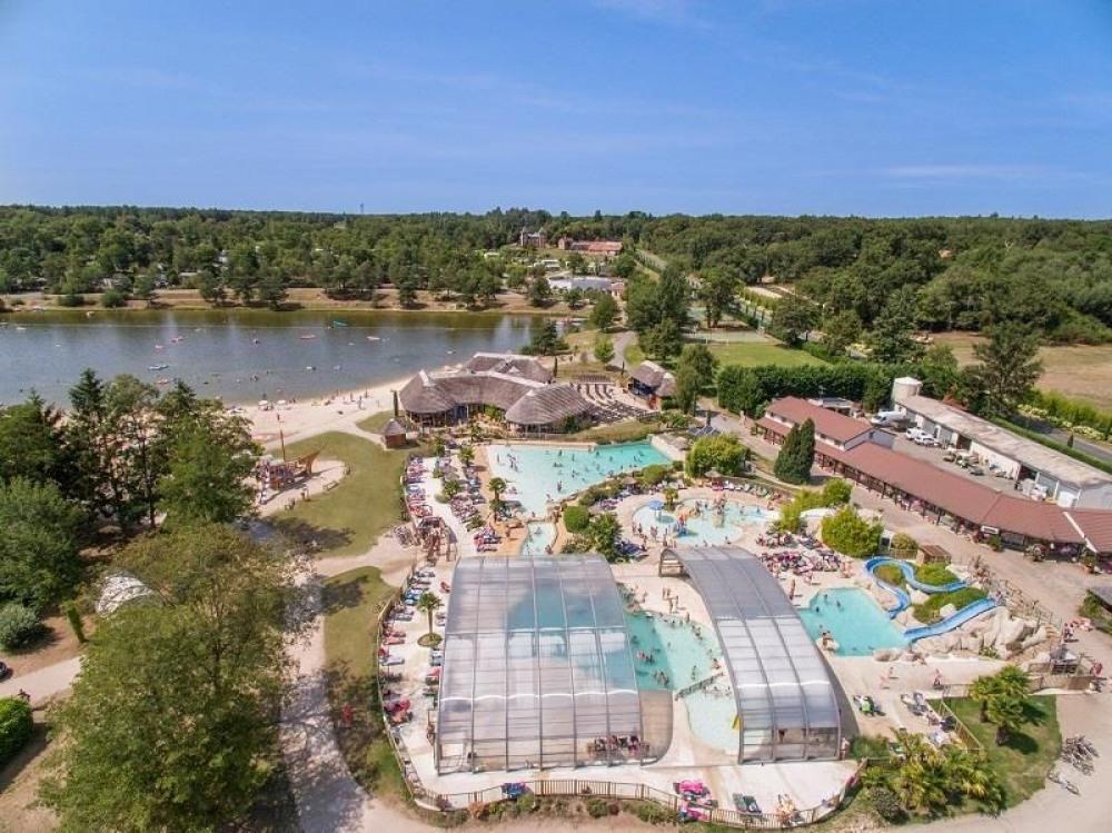 Les Alicourts Resort, 280 emplacements, 210 locatifs