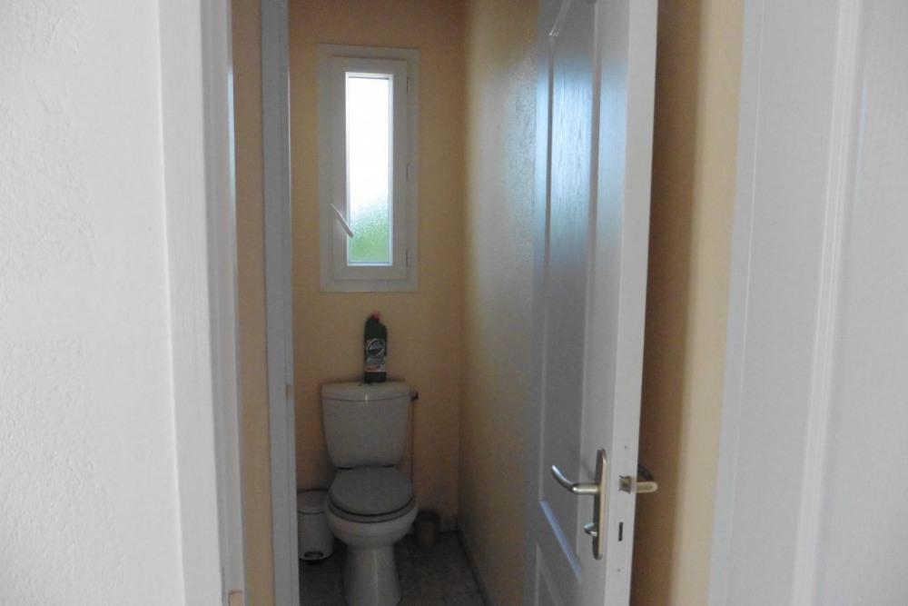wc indépendant avec fenètre