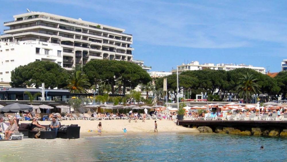 Les plages au pied de l'immeuble