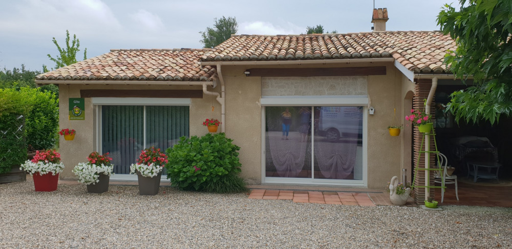 Holiday rentals Roumagne - Cottage - 4 persons -  - Photo N° 1