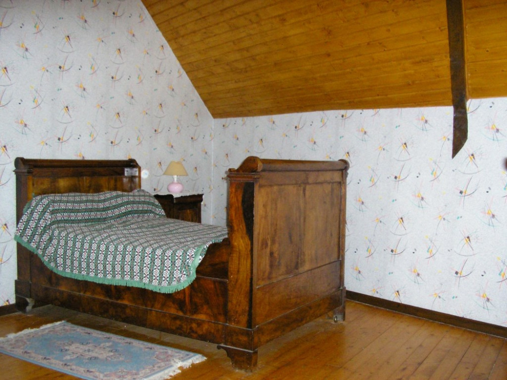 haut chambre 1. lit grand-mère.