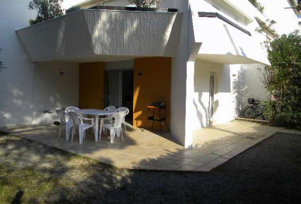 Quartier Petite Motte, superbe P2 cabine en rez de jardin, spacieux et agréable.