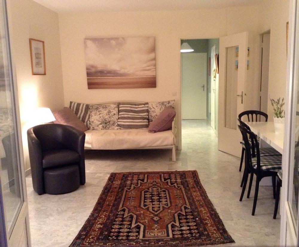 séjour moderne et spacieux