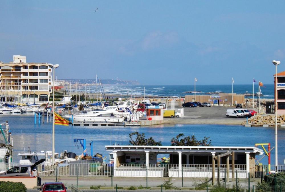 le port, vu de la loggia