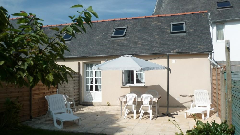 Holiday rentals Brignogan-Plages - House - 4 persons - BBQ - Photo N° 1