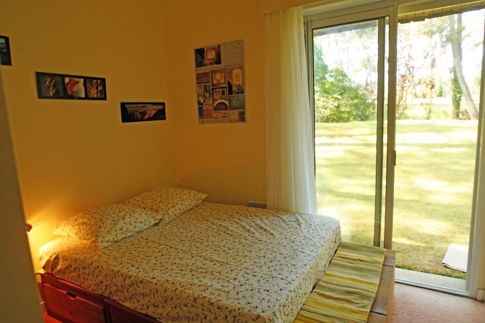 •Chambre « LES ECRINS » 1 lit 140X200 et 2 lits superposés 90X200