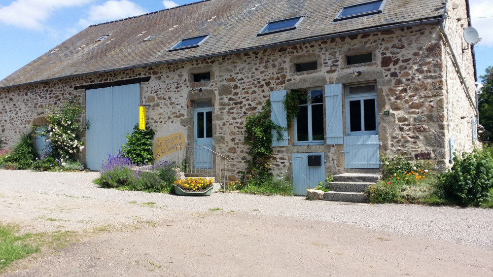 Location vacances Bard-le-Régulier -  Gite - 14 personnes - Barbecue - Photo N° 1
