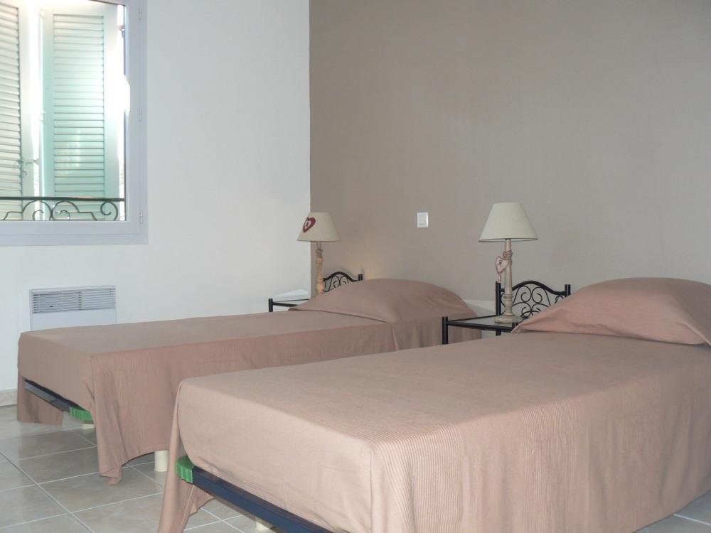Chambre 1 (2 lits 80x200)