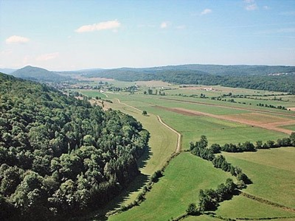 Vue de la Vallee du Suran