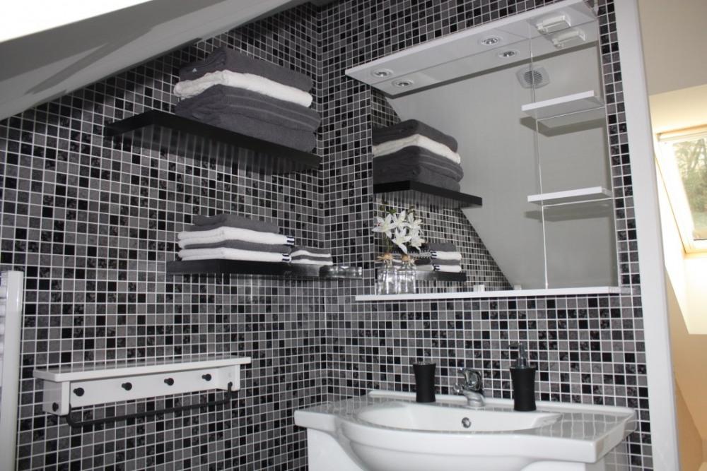 lavabo salle de bain  étage