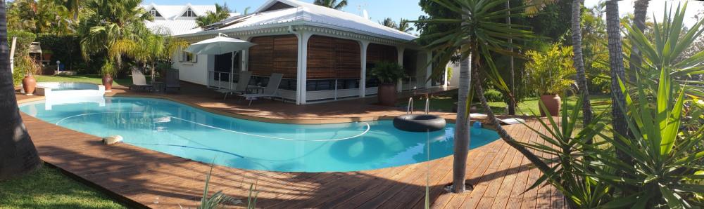 Villa luxueuse avec grande piscine et jacuzzi