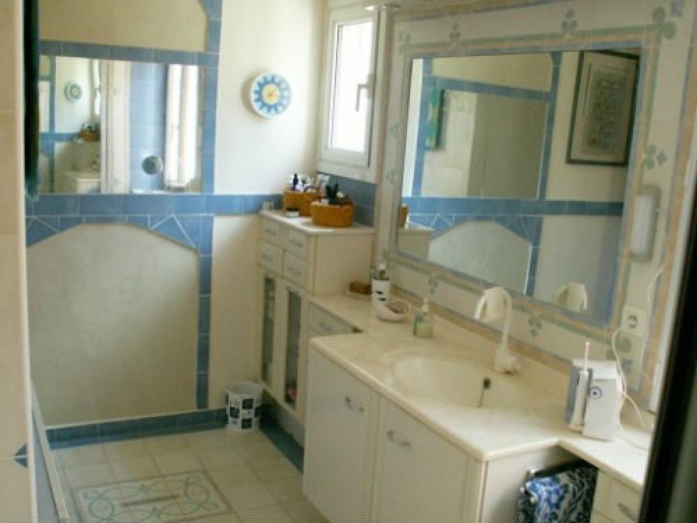 salle d'eau rdch