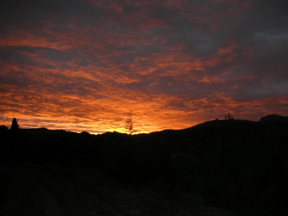Couché de soleil sur les Alpilles