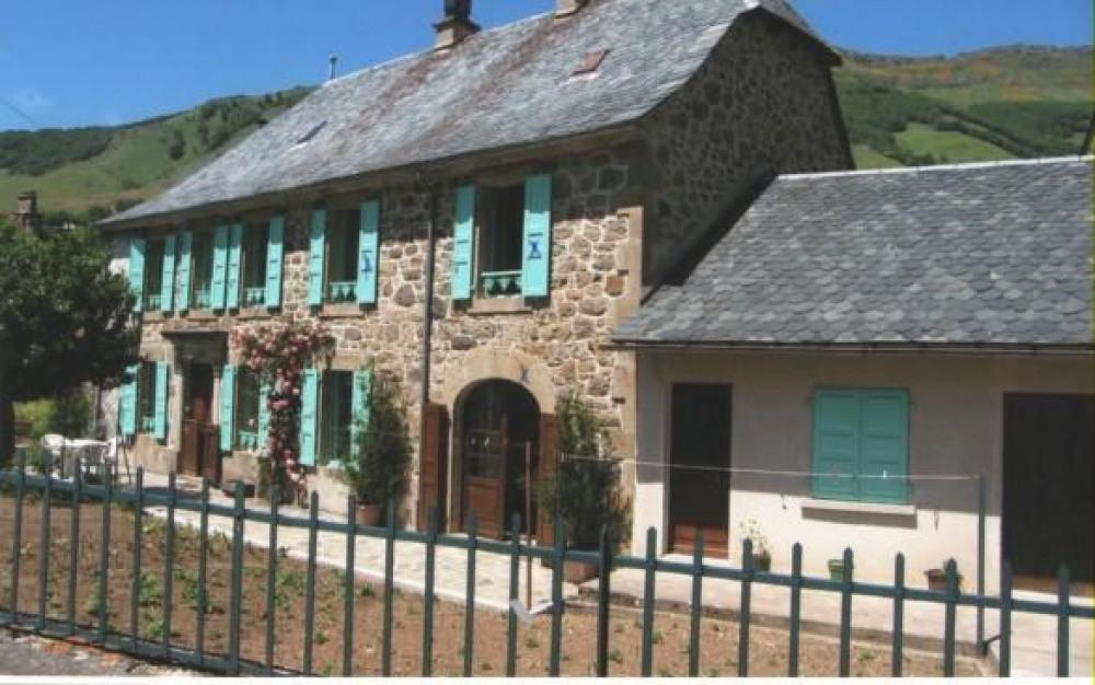 Detached House à MANDAILLES SAINT JULIEN