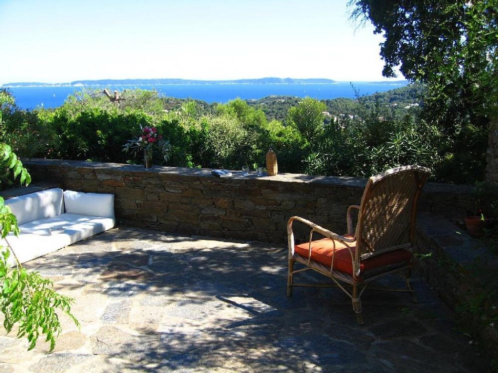Bormes les mimosas , Domaine du Gaou Benat, Maison très agréable, belle vue mer