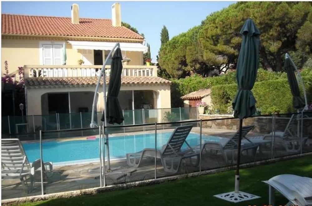 Bel Appartement dans villa rénovée, 5 personnes maximum.