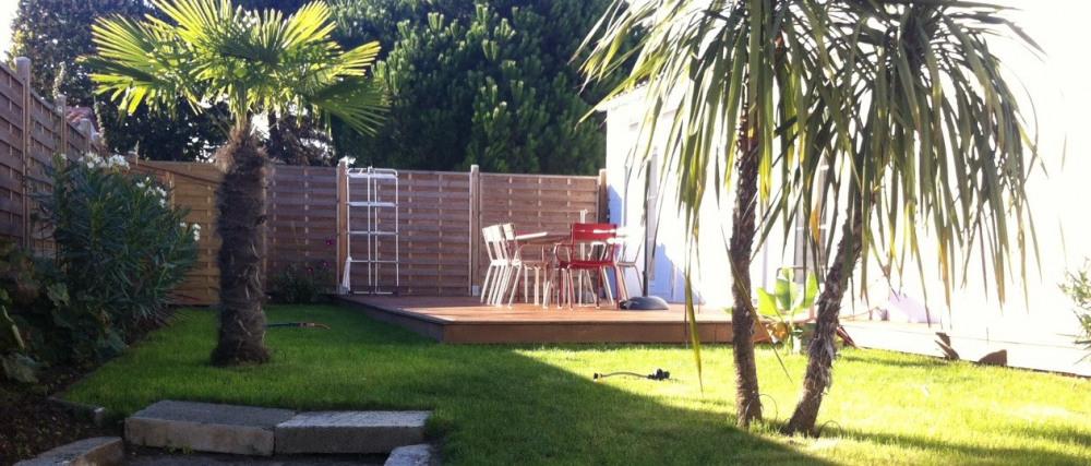 Le jardin de 100 m2 est ceint de murs et sans vis-à-vis